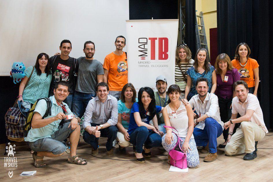 Foto de familia de algunos de los miembros de Madrid Travel Bloggers
